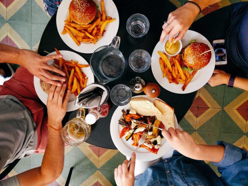 Jak przechowywać żywność, aby jej nie marnować?