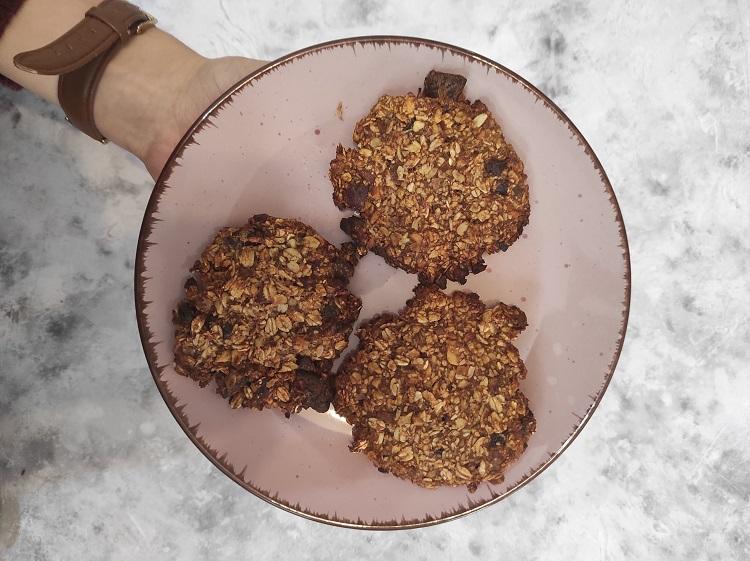 Przepis na ciastka owsiane bez jajek i mąki