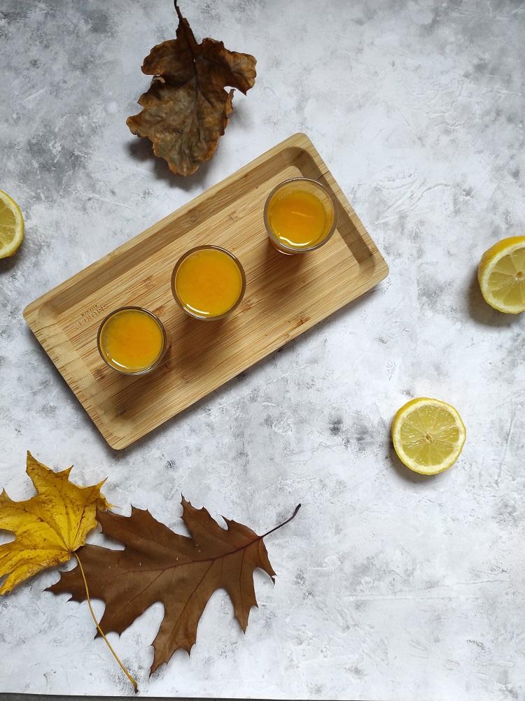 Domowy shot witaminowy z witaminą C